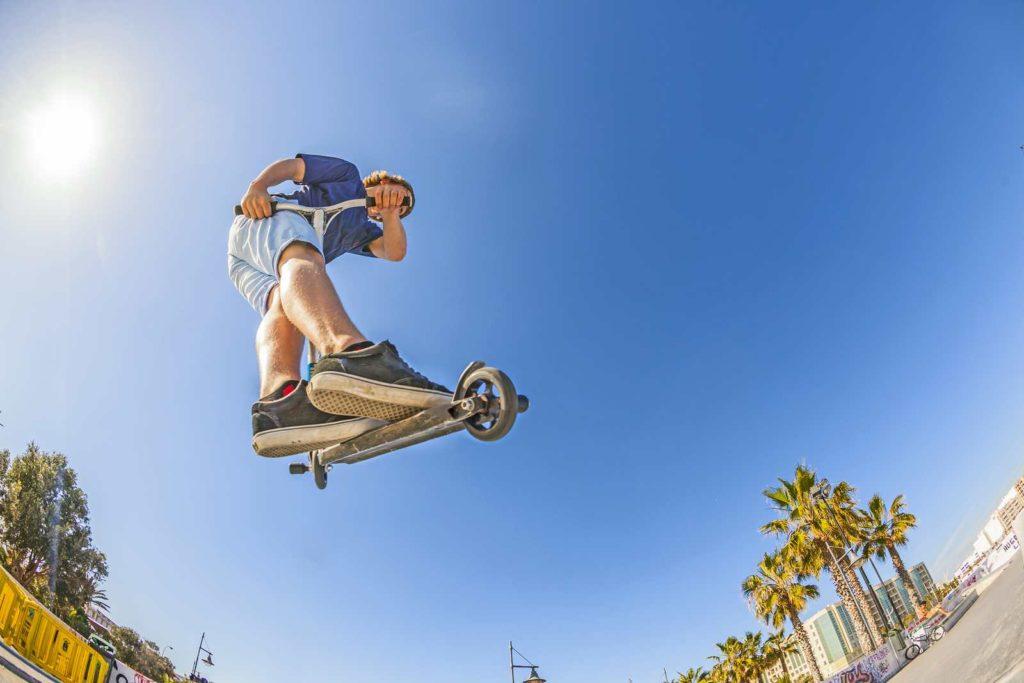 Trottinette freestyle : une discipline de plus sur la liste des sports urbains ?